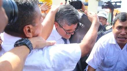 Fiscal José Domingo Pérez fue agredido por simpatizantes de Keiko Fujimori al abandonar penal