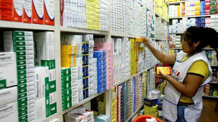 Farmacéuticos denuncian que cadenas venden  medicamentos genéricos como si fuesen 'de marca'