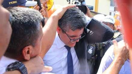 Fotos | Así fue la agresión que sufrió el fiscal José Domingo Pérez por parte de simpatizantes de Keiko Fujimori