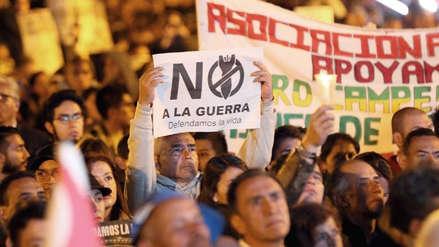 Miles de colombianos salen a las calles a defender la paz y justicia especial