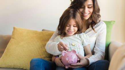 Cinco consejos para enseñarle finanzas a sus hijos