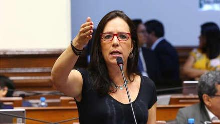 Marisa Glave lamentó que se archivara proyecto sobre elección de orden de los apellidos