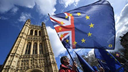Reino Unido pidió a la Unión Europea una prórroga del Brexit hasta mediados de año