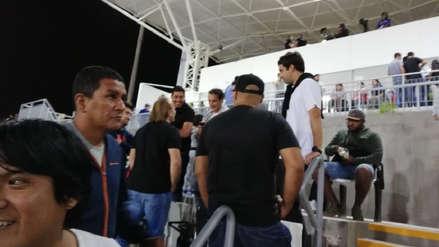 Nicolás Córdova acudió al estadio San Marcos para ver el Perú vs. Chile junto a Sebastián Rozental