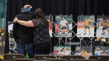 Chofer que mató a 16 miembros de un equipo de hockey de Canadá es condenado a 8 años de cárcel