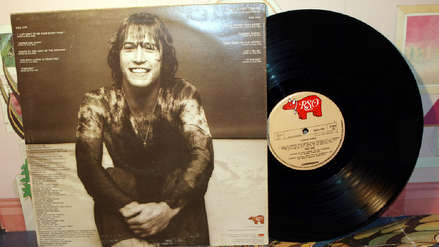 Andy Gibb, el menor de los Bee Gees, que murió de miocarditis a los 30 años