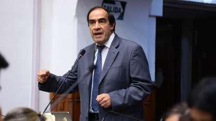 Comisión de Ética aprueba informe que recomienda suspender a Yonhy Lescano por 120 días