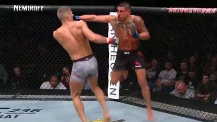 ¡Como Superman! Anthony Pettis y el nocaut con más estilo en la UFC