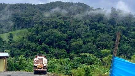 El tráfico de combustible que sostiene la minería ilegal en Madre de Dios