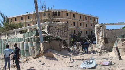 Al menos 15 muertos y 22 heridos al estallar un coche bomba en Somalia