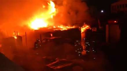 Video | Incendio afectó archivo de Gobierno Regional de Arequipa