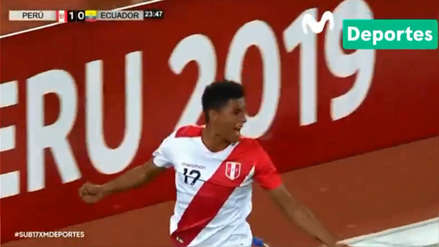 Perú vs. Ecuador: Nicolás Figueroa marcó el segundo gol de la bicolor con un cabezazo en el área