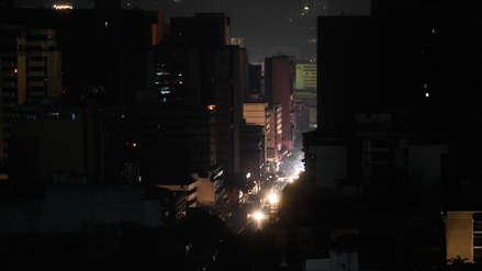 Un nuevo apagón deja a oscuras a Caracas y a 21 estados de Venezuela