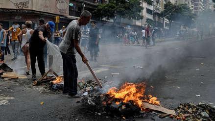 Venezuela vive su séptimo día de apagones masivos con protestas en las calles