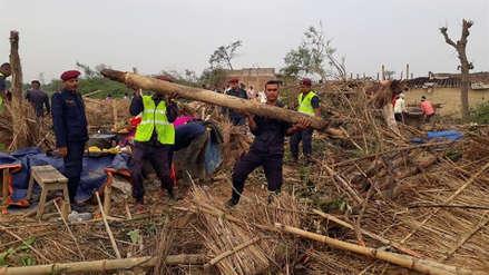 Al menos 30 muertos y 500 heridos por una tormenta en el sureste de Nepal