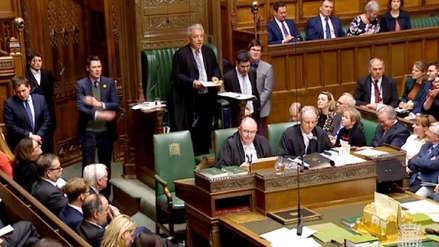 El Parlamento británico no respalda ninguna de las alternativas para el brexit