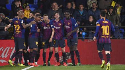 Veinte imágenes de la eufórica celebración del Barcelona tras empatar al Villarreal en los descuentos