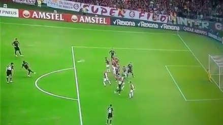 ¡Golazo! River Plate empata ante Internacional con este espectacular tiro libre