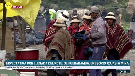 Las Bambas   Comuneros esperan a Gregorio Rojas en Challhuahuacho y piden liberar a sus asesores