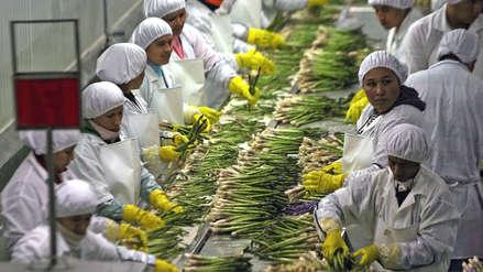 Perú y China negocian mejoras en tratado de libre comercio firmado en 2009