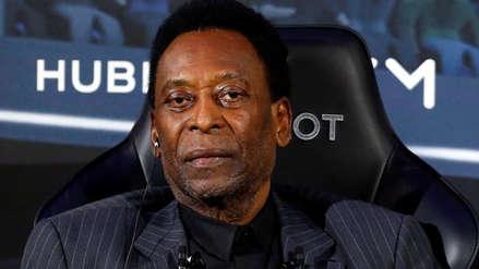Pelé se siente mejor tras internarse en hospital en Francia