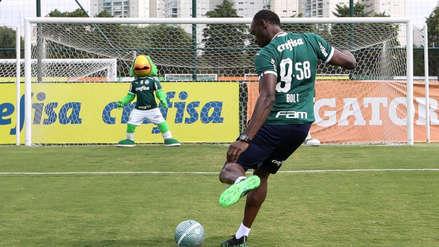 Usain Bolt sorprendió en entrenamiento de Palmeiras y lució inusual número