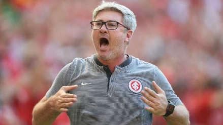 Técnico de Inter de Porto Alegre llenó de elogios a Paolo Guerrero tras su debut con gol