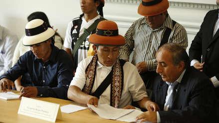 """Asesor de las comunidades de Challhuahuacho dijo que Gregorio Rojas """"cometió un error"""" al firmar acuerdo"""
