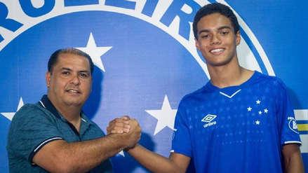 Hijo de Ronaldinho ya es futbolista profesional y ficha por Cruzeiro