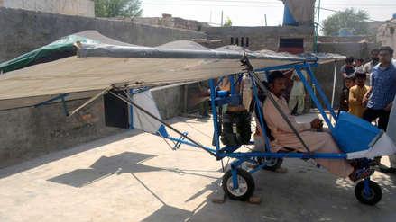 Una dosis de ingenio y 600 dólares: vendedor paquistaní construyó un avión casero [FOTOS]