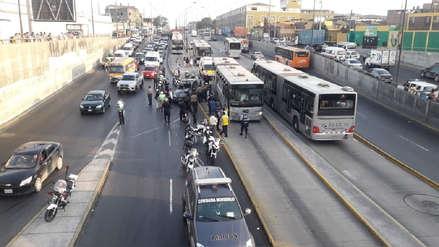 Policía Nacional investigará choque de patrullero con bus del Metropolitano