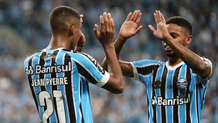 Gremio goleó 3-1 a Rosario Central y sueña con clasificar a octavos de final de la Libertadores