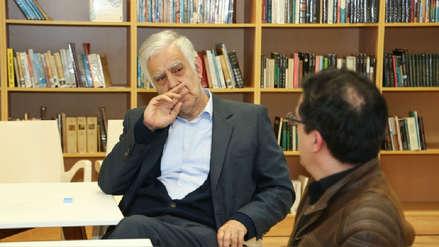 Escritor peruano Alonso Cueto ganó el Premio Juan Goytisolo con novela sobre la identidad