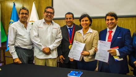 Ministra de Trabajo recibió reconocimiento en el distrito de San Pedro de Lloc, su tierra natal