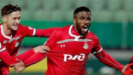 Jefferson Farfán anotó con Lokomotiv: eludió a dos rivales y definió desde el suelo