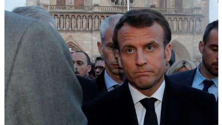 Emmanuel Macron acudió a la catedral de Notre Dame para seguir las labores de extinción del incendio