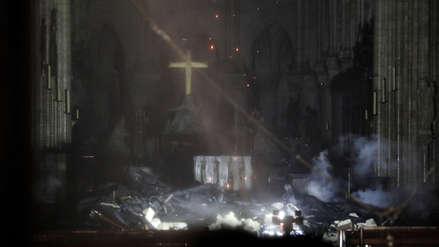 Las primeras imágenes del interior de la Catedral de Notre Dame luego del incendio