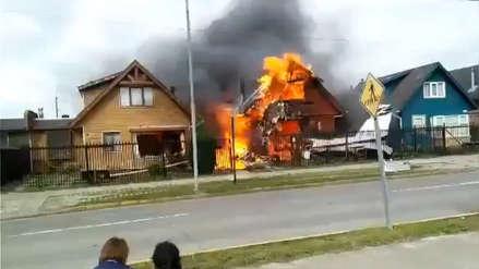 Avioneta cae sobre una casa en Puerto Montt y deja al menos seis muertos