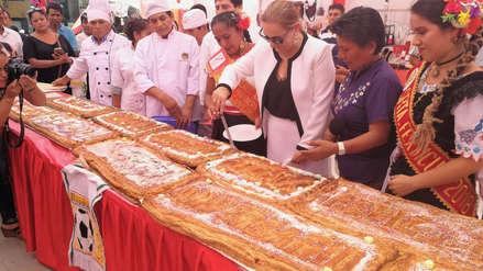 Panaderos preparan un pastel de 20 metros de largo por el aniversario de Chiclayo