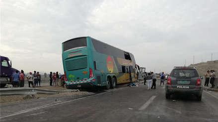 Al menos 8 muertos en accidente de bus que traía a delegación apristaa sepelio de Alan García