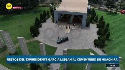 Restos del expresidente Alan García llegaron al cementerio