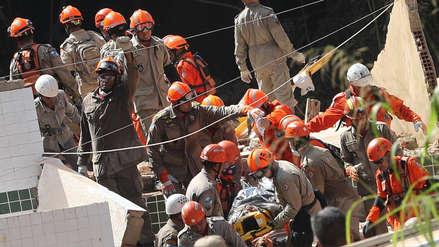 Hallazgo de dos niños sube a 22 el número de muertos por desplome de edificios en Río de Janeiro