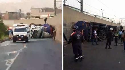 Trabajador municipal falleció tras volcadura de camión cisterna en San Juan de Lurigancho