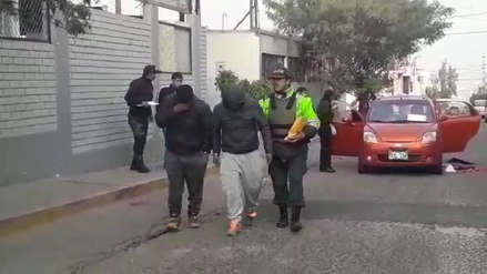 Arequipa   Taxistas detienen a delincuentes que asaltaron a compañero