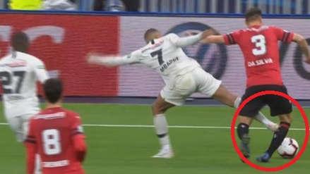 PSG: Kylian Mbappé fue expulsado por dura entrada en la final de la Copa de Francia
