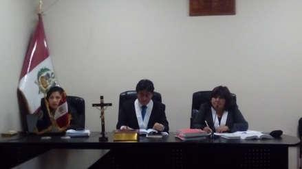 Dos ladrones de celular son condenados a leer 'El Alquimista' de Paulo Coelho en Huancavelica