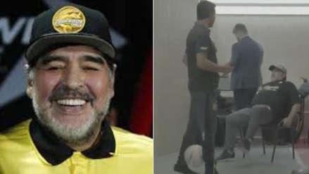 Diego Maradona dejó en ridículo a asistente de Dorados con genial 'huacha'