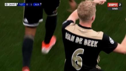 Ajax se mostró en todo su esplendor para anotar el primer gol ante Tottenham
