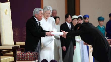 Akihito se despide como emperador de Japón y cede el trono a su hijo Naruhito