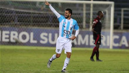 Tras salida en falso de Goyoneche, Atlético Cerro anotó su segundo gol ante UTC con este cabezazo